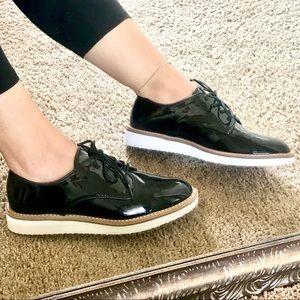 Shoes - Shiny dress shoes